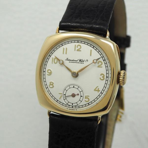 IWC Klassik Handaufzug um 1920 Gold 18k Vintage