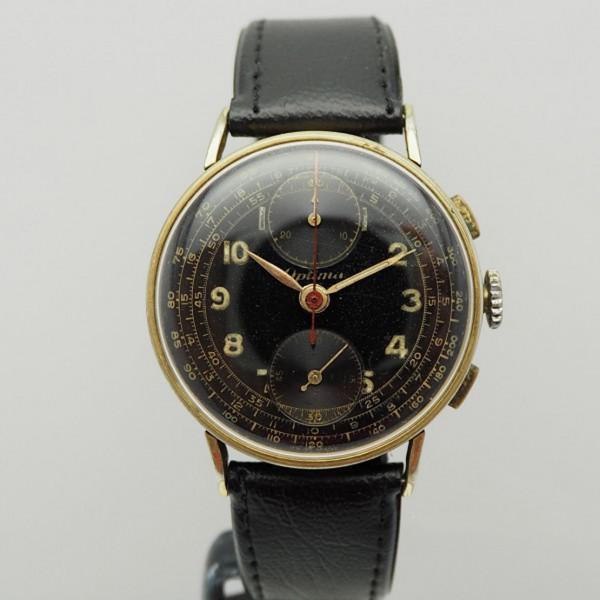 Optima Vintage Chronograph
