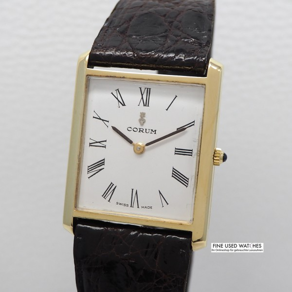 Corum Karree Gold 18k/ 750