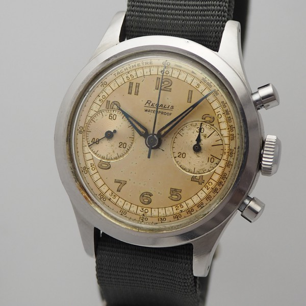 "Regalis Vintage "" Clam Shell "" Chronograph with papers"